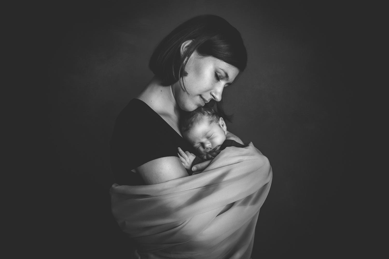 Babyshooting, Neugeborenenfotografie, Mutter sein, Luzern Sursee